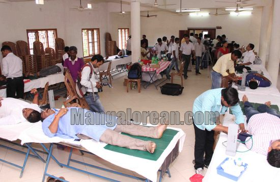 20140526blooddonation_camp_BJP1-012