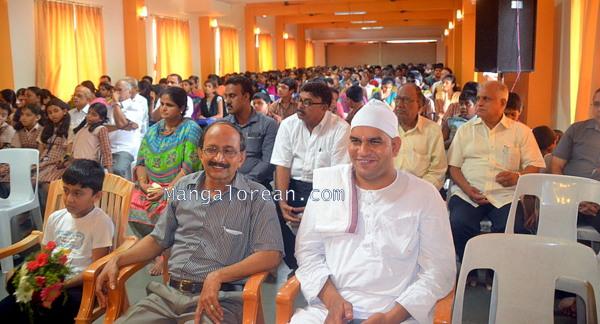 Amala-Bharatham-Campaign-28062015 (20)