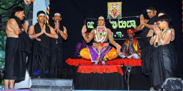 Yakshamitraru-dubai-13062015 (14)