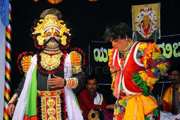 Yakshamitraru-dubai-13062015 (22)