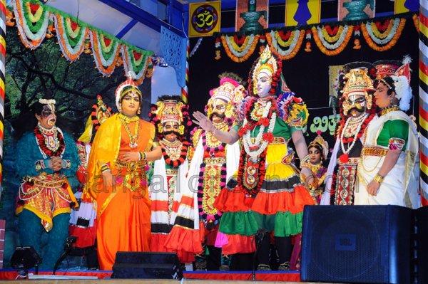 Yakshamitraru-dubai-13062015 (23)