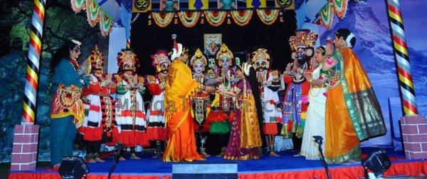 Yakshamitraru-dubai-13062015 (24)