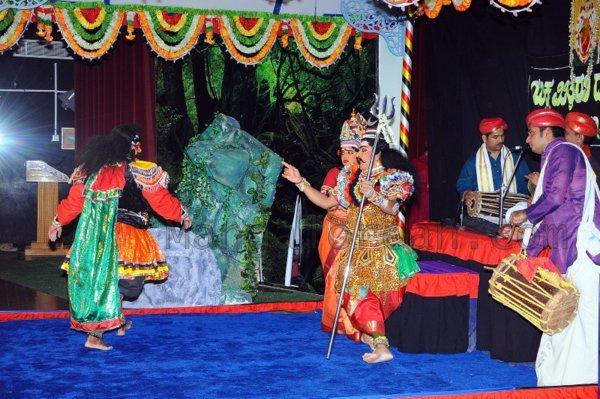 Yakshamitraru-dubai-13062015 (26)