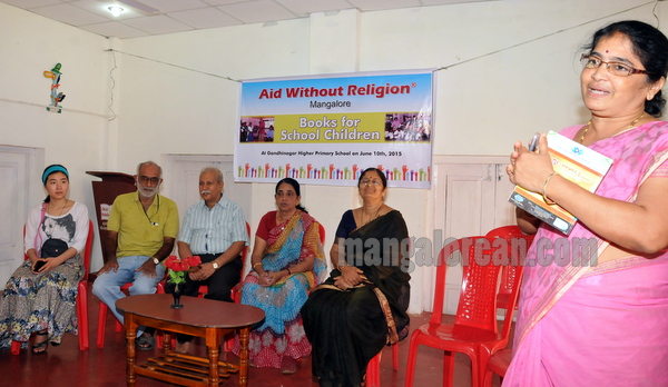 aid_without_religion-001