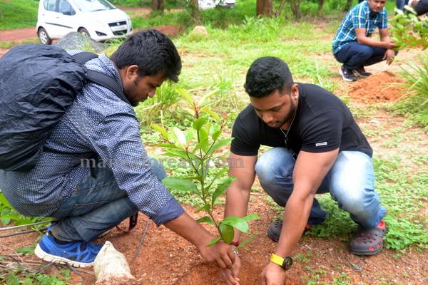 bikers_tree_planting-012