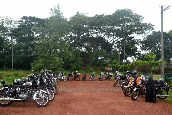 bikers_tree_planting-018