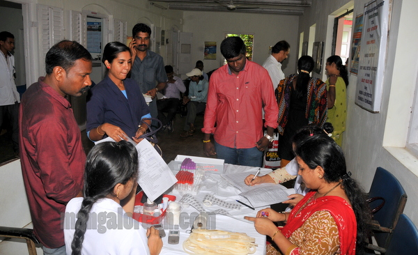 blood_donation_camp-006