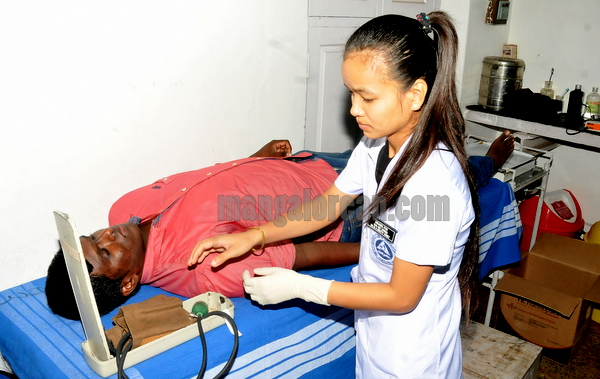 blood_donation_camp-007