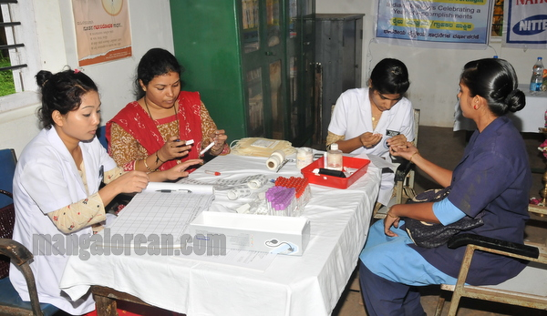 blood_donation_camp-008