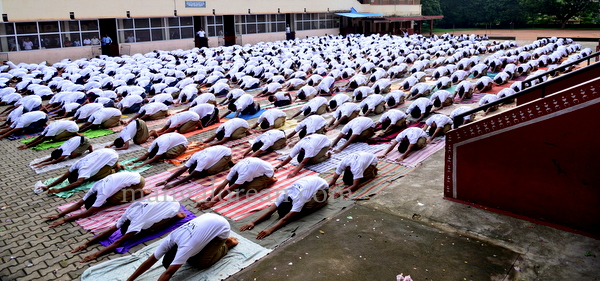 canara-internationalyoga-20150621-003