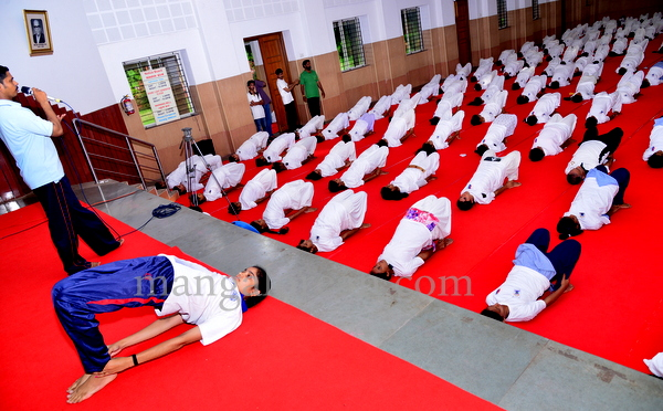 canara-internationalyoga-20150621-008
