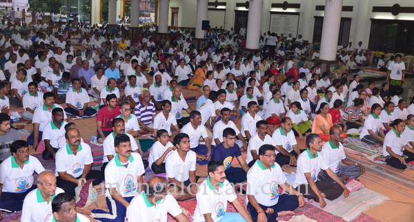 international-yogaday-21150621-001