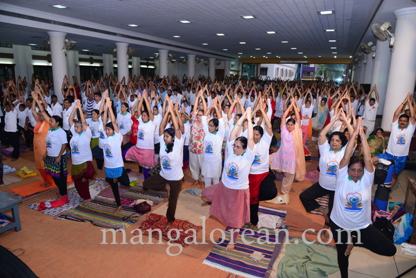 international-yogaday-21150621-012