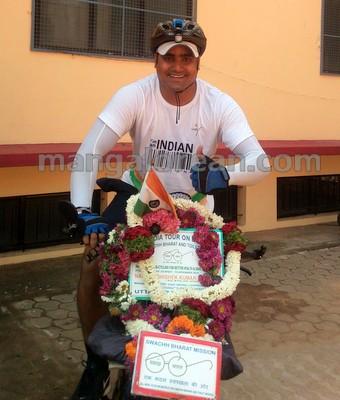 1-abhishekh-cyclist