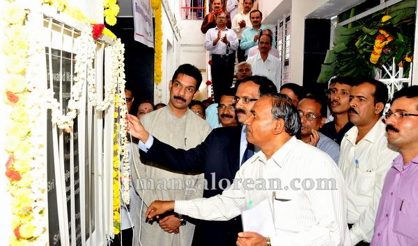 10-India-post-ATM-20150710-009