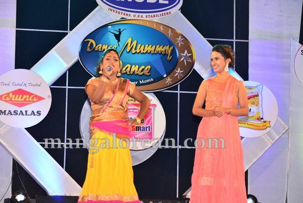 15-dance-mummy-dance-aloysius-014