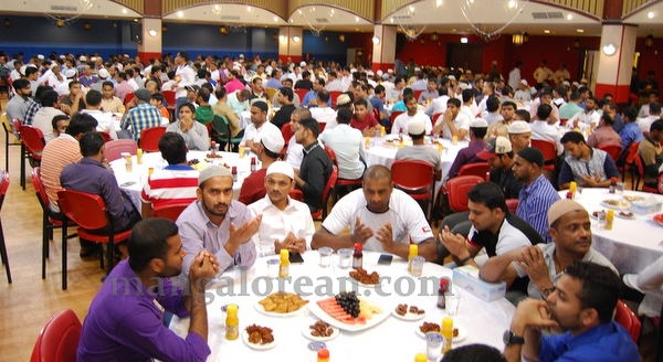 15-iftar_20150704-014