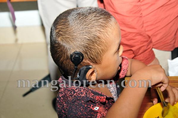 19-hearingmachine-minister-khader-018