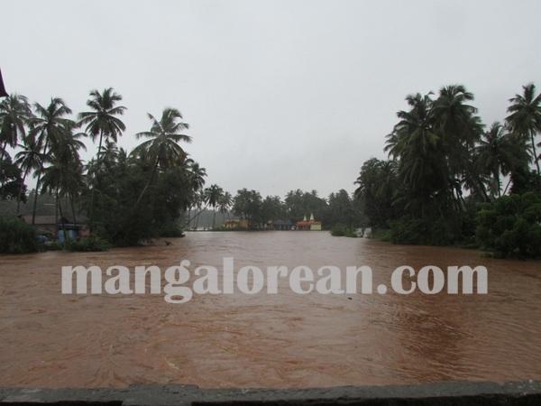 bhatkal_rain_19_25