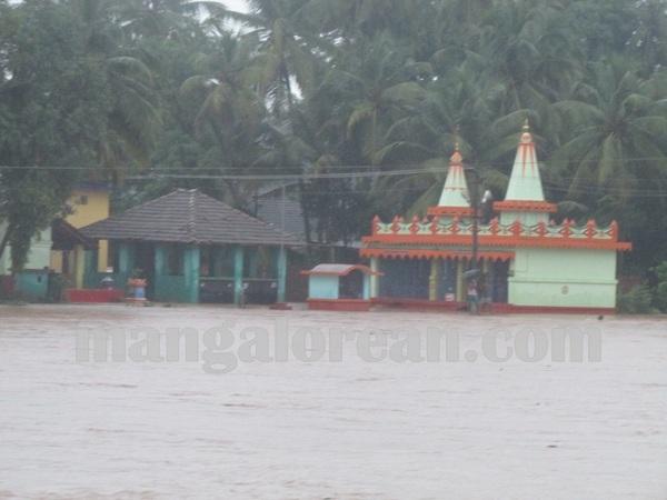 bhatkal_rain_19_26