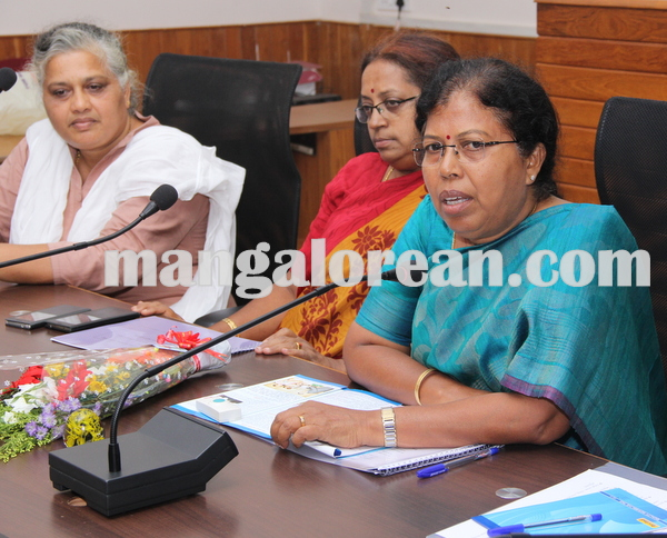 dalithmeetmallajamma 16-07-2015 10-58-06