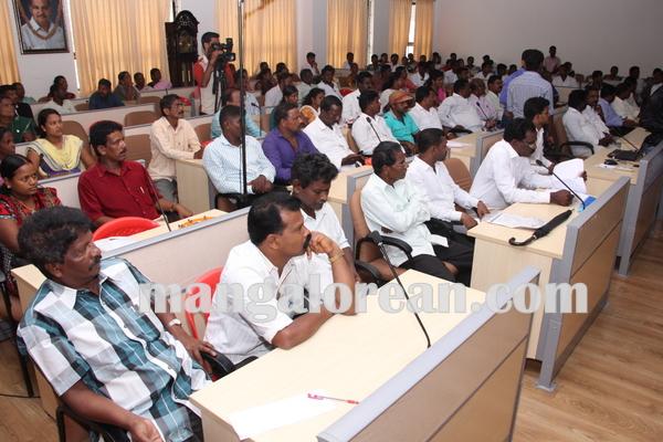 dalithmeetmallajamma 16-07-2015 11-46-04