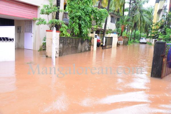 heavy-rains-floods (1)