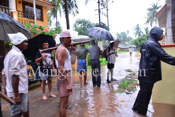 heavy-rains-floods (4)