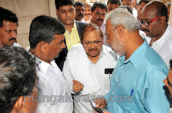 01-minister-babu-rao-press