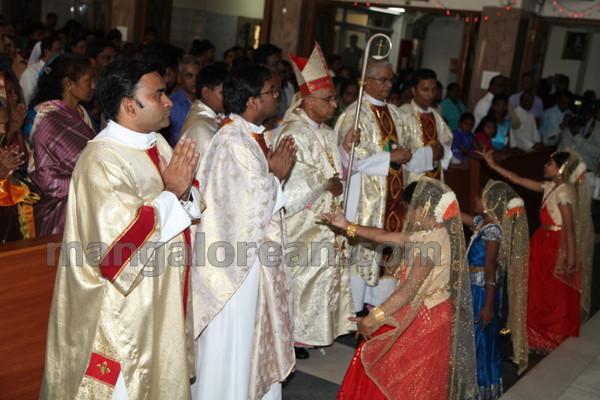 03-Archbishop-Moras-20150817-002