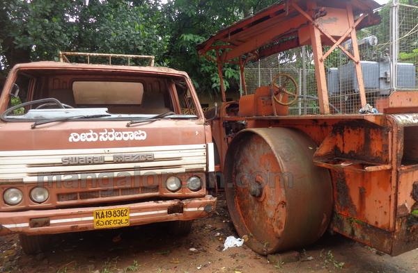 03-junk-vehicle-20150803-002