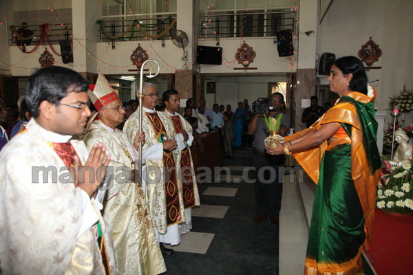 04-Archbishop-Moras-20150817-003