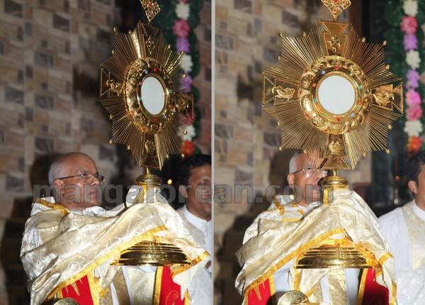 10-Archbishop-Moras-20150817-009