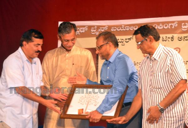 10-rasavaadi-book-release-009