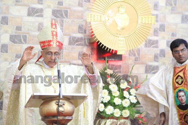 11-Archbishop-Moras-20150817-010