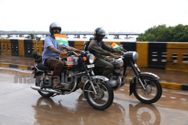 11-snehalaya-bikers-I-day-20150817-010