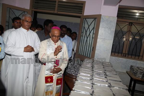 12-Archbishop-Moras-20150817-011