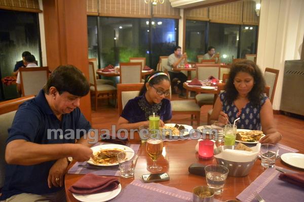 12-kandheshi-food-fest-20150815-011