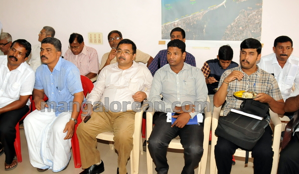 12-minister-babu-rao-press-011