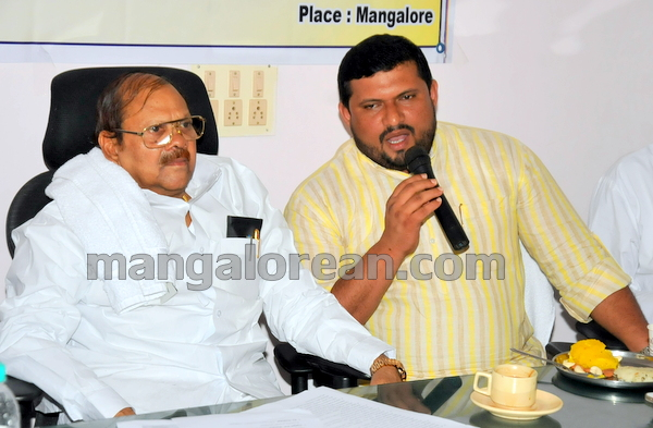 14-minister-babu-rao-press-013
