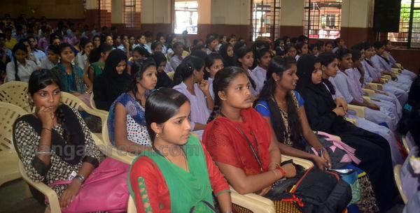 21-laksha-vriksha-20150810-020