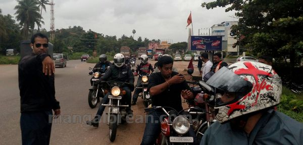 27-snehalaya-bikers-I-day-20150817-026