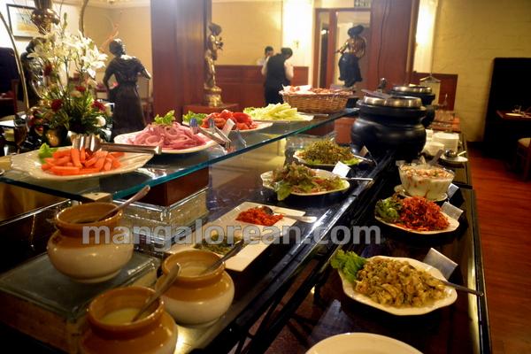 30-kandheshi-food-fest-20150815-029
