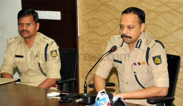 7-Commissioner-press-meet-26052015 (22)