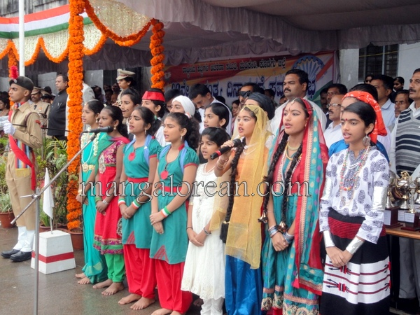 Independence-Day-Celebrations-Hill-top-Town (15)