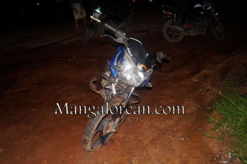Prateek-bike-accident-09082015 (16)