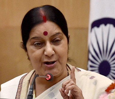 New Delhi: External Affairs Minister Sushma Swaraj addressing a press conference at Jawaharlal Nehru Bhawan in New Delhi on Monday. PTI Photo by Vijay Verma (PTI9_8_2014_000176B)