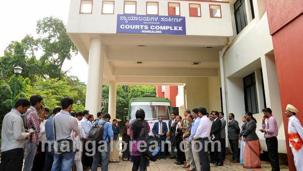 court-jatha-20150831-008