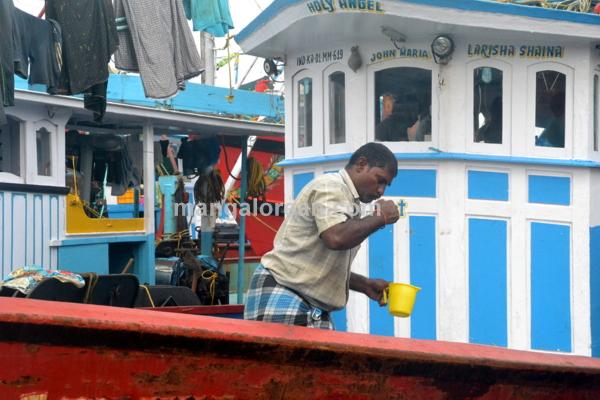 fish-market-20150802-008