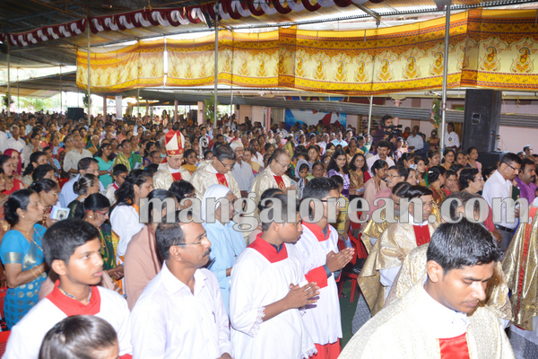 kalmadi_church_annualfeast 14-08-2015 22-30-19
